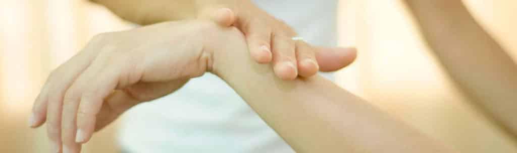 le test musculaire : outil de base du kinésiologue